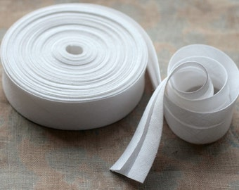 Linen bias tape -- width 2.7 cm -- white