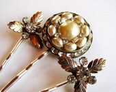 Nostalgic Pearl No.30 - Creamy Textured Leaf, Faux Pearl and Rhinestone Baubles Bridal / Special Occasion Hair Pin Set