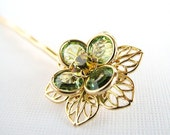 Soft Green Swarovski Crystal Flower Hair Pin in Peridot, Light Topaz and Gold / Bridal or Special Occasion