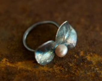 Eucalyptus Leaf Ring with pearl- (small leaf size)