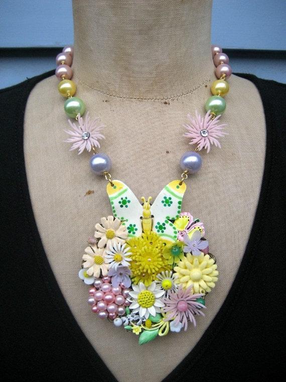 SALE Vintage necklace , Flower Necklace - Pastel