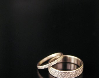 custom-sponge-love-wedding-bands