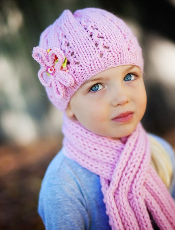 Girl's Hat & Scarf Set in Pure Wool by Sheeps Clothing