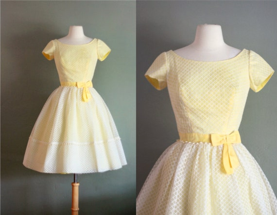 50's XS Yellow and Lace Scooped Back Party DRESS
