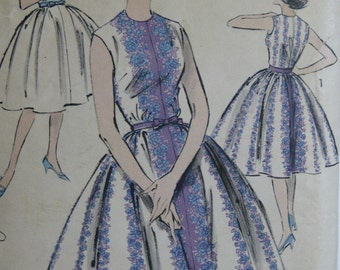 Advance 9314, early 1960s sleeveless dress with full skirt