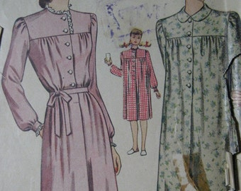 Simplicity 2210, 1940s nightgown with yoke
