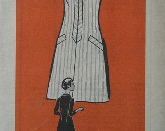 Dress with bias trim, 1970s vintage pattern, mail order, Anne Adams 4911