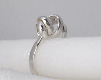 A Twisted Fate Ring Size 8