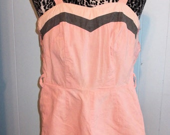 RARE 1950s Playsuit/Romper Pink/Grey Pin Up - XS/S