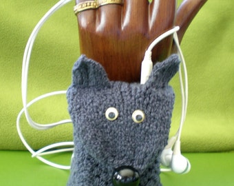 Knit Gray Wolf  Cuff Wrist Wallet / Case / Cozy (for MP3, iPod, ID, Credit card, etc.)