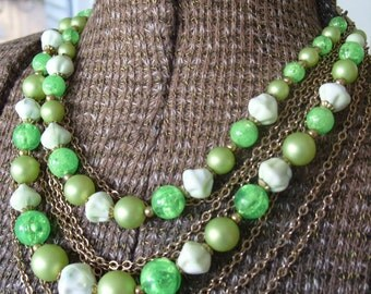 FREE SHIPPING Vintage Green and White Lucite Beaded Necklace with Goldtone Chain