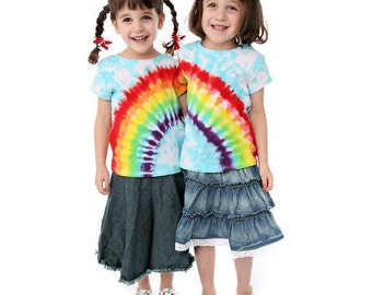 The Diva's Tie Dye Tutorial - How to Fold and Dye Hearts and Rainbows - Beginner's Tie Dyeing Instructions PDF