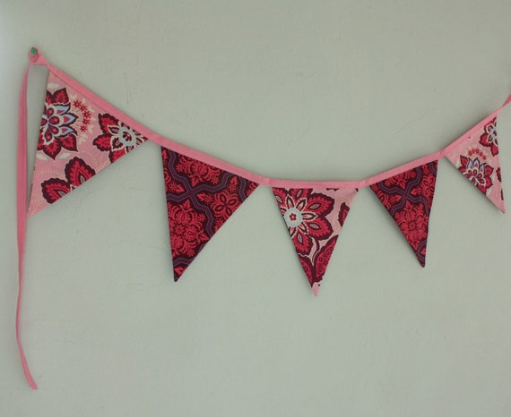 Fabric Flag Banner, Purple and Pink  Bunting Featuring 5 Large Flags.  Photo Prop, Wedding, Birthday Party Decoration.