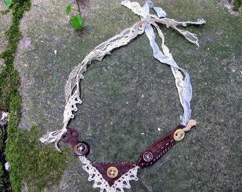 Miss Havishams Revenge, choker, wristlet, vintage lace, mori girl, shabby style, vintage buttons, French vintage, French crochet