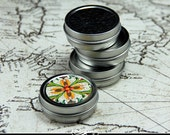 Circle Shape Metal Tins Ready to Decorate. 5 Pack 1/2 Ounce Tiny Tins.
