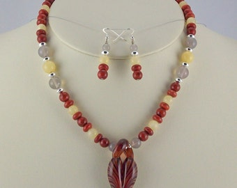 Impressionistic Organic Lampwork Pendant Steals the Show,Stone Necklace Set