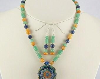 Unique 3-Dimension Boro Lampwork Pendant with Natural Stone Bead Necklace Set