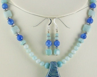 Amazing Blues Lampwork Pendant,Amazonite,Blue Quartz Necklace Set