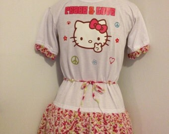 Hello Kitty Crocheted T-Shirt Dress Size Medium 10/12