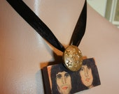 Queen domino pendant choker necklace  SALE