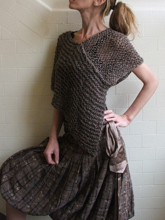 brown poncho Alpaca mix Ltd edition in this shade