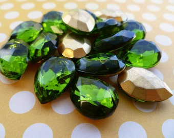 Rhinestone Glass Jewels 18x13mm Olivine Green Pear Glass Jewels (30-3B-2)
