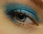 BEAUTY BARGAIN Sale . Bright Blue Eyeshadow - THEIA (142) Eye Shadow - Bright Blue Sky - Shimmery Eyeshadow / Eye Liner - Large 10 gram Jar