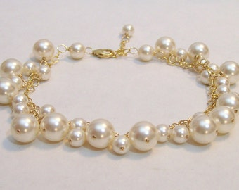 Cream Pearl Bridal Bracelet, Cluster Wedding Jewelry, Ivory pearls, Bauble jewelry, chandelier, off white, soft ivory, diamond white