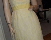 EXQUISITE Cinderella Inspired Vintage Formal Dress Gown - Fit for a Fashionista