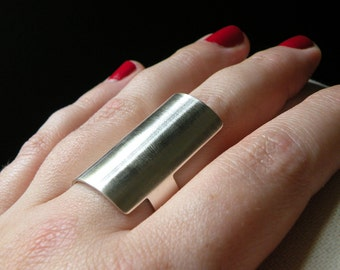 Armor ring in sterling silver - gift for her / nickel free ring / statement ring in sterling silver - rocker ring band - badass knuckle ring