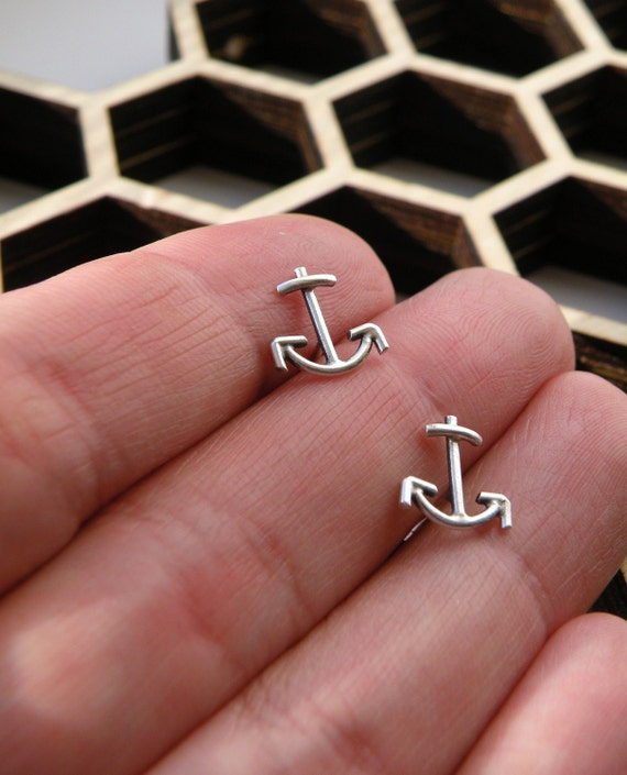 Anchor stud earrings in sterling silver - gift for her/gift for bridesmaid/ gift for BFF/nickel free - old school tattoo design