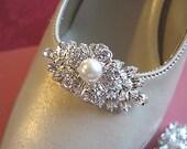 Ivory Pearl, Wedding Shoe Clips,Silver shoe clips,Bridal shoe clips, shoe clip rhinestone, flower shoe clips, bridal shoes, vintage style
