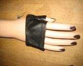 SALE Hand Jewelry - mini glove