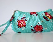 Wristlet / Blue and White Dots with Flowers
