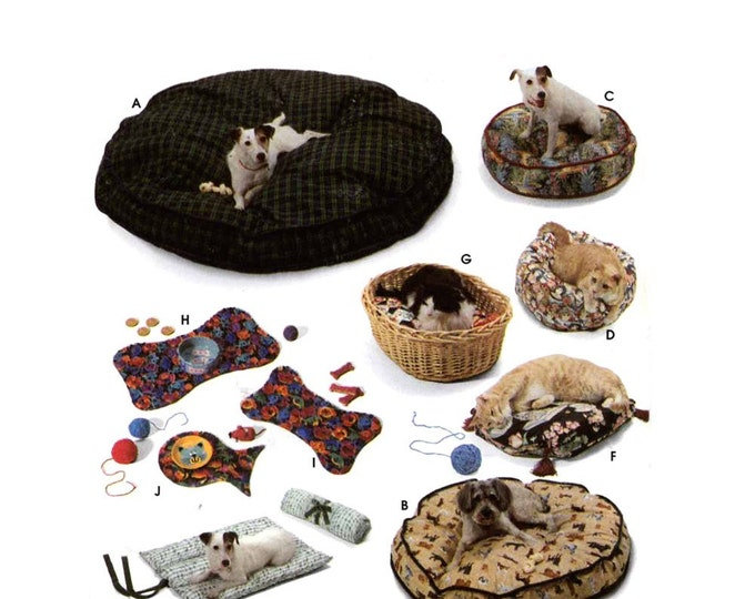 90s Pet beds pillows and place mats for your dog or cat Simplicity 9065 sewing pattern Animal pattern Uncut