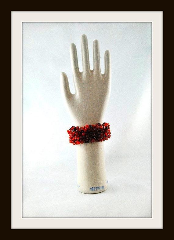 Vintage Porcelain Glove Mold USA Made Shiny 1980s vintage Size M