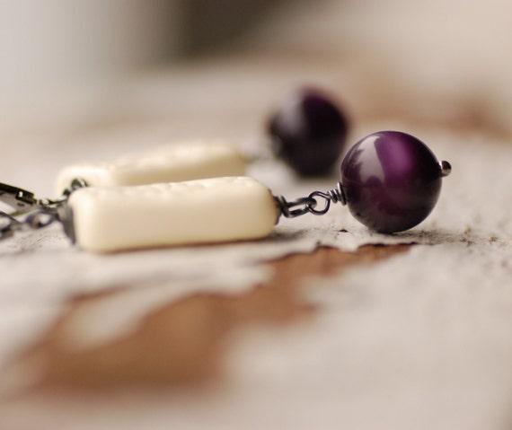 Purple Earrings, Purple and Ivory, Lucite Jewelry, Statement Earrings, Leverback Earrings, Drop Earrings, Rustic Earrings - Urban Garden