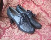 Vintage 1930s Deadstock Art Deco Flapper Peeptoe Lace-Up Shoes - Size 6 1/2 A