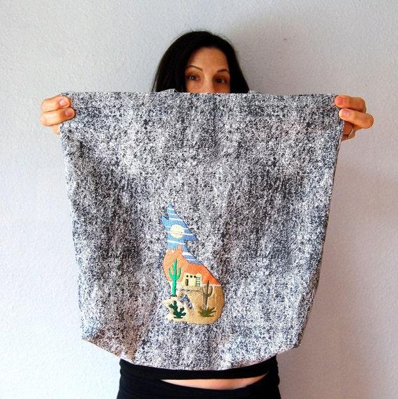 vintage ACID WASH tote  / 1980s novelty wolf print hand bag