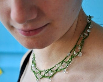 Green mesh and clear quartz necklace