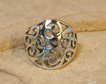 Renaissance - Sterling Silver Filigree Ring - 89
