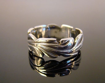 Little Waves - Sterling Silver Ring -100
