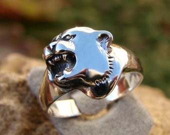 70% OFF Going Out of Business Sale..  Wild Cat - Sterling Silver Ring - size 8