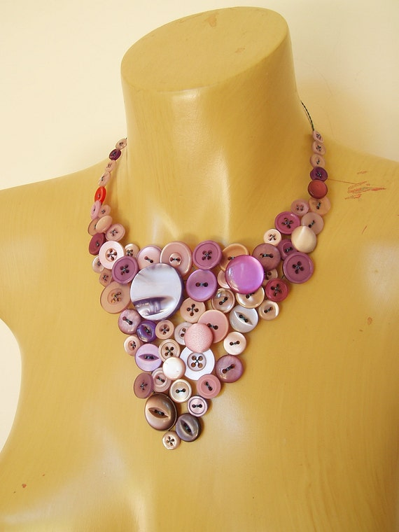 Button necklace - purple buttons statement necklace