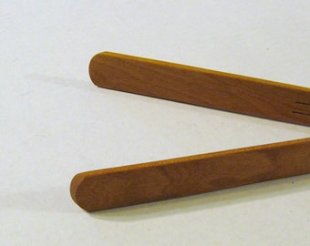 Spring Tongs Cherry Wood