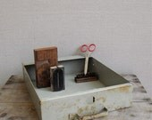 Vintage Industrial Drawer : Rustic Single Compartment Drawer