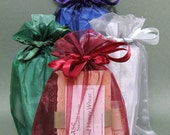 6- Small party favor gift bag- Organza bag with soap and lip balm- custom order for Chiclets
