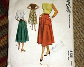 Mc Calls Vintage Sewing Pattern 8135 - Flared Skirt With Big Pockets - 1950's