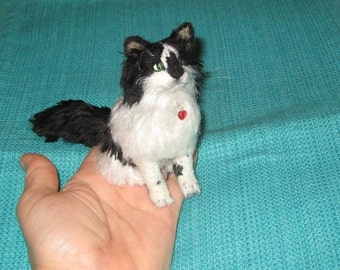 Custom Cat Sculpture handmade of your cat / Poseable Pet Portrait