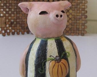 Art Sculpture - Paper Mache - Steadfast Wilbur the Pig